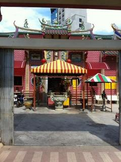 hatyai_chinese_temple.jpg